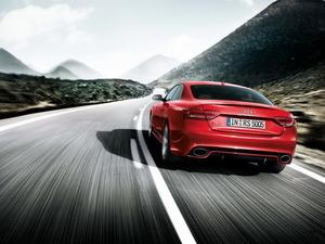 Обои Audi RS5
