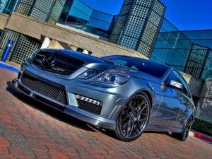 ���� Mercedes