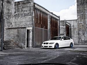 ���� BMW