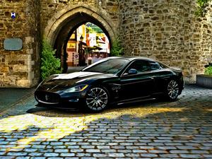���� Maserati