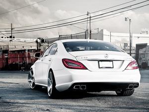 Обои Mercedes CLS63