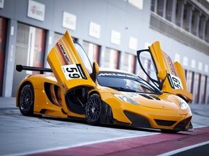 Обои McLaren MP4-12C