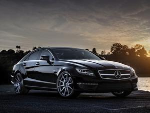 Обои Mercedes Benz CLS