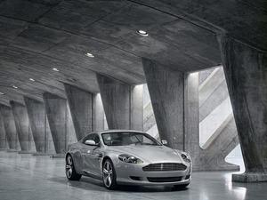 ���� Aston Martin DB9