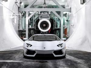 ���� Lamborghini Aventador LP700
