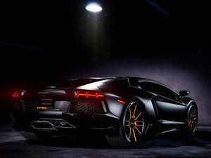 Обои Lamborghini Aventador