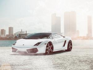 Обои Lamborghini Aventador LP700