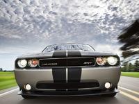 Обои для рабочего стола: Dodge Challenger SRT