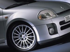 Обои Renault Clio RS