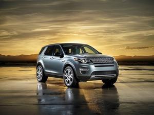 Обои Land Rover Discovery Sport 2015