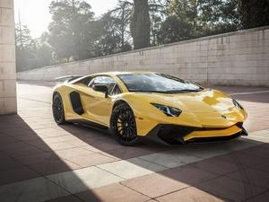 ���� Lamborghini Aventador