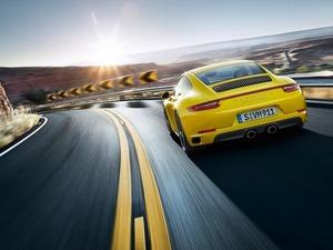 ���� Porsche 911 Carrera 4S