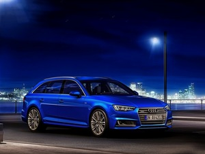 Обои Audi A4 2017