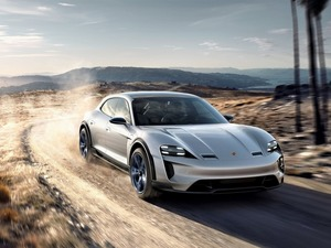 Обои Porsche Mission E Cross Turismo Concept