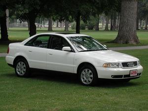 Обои Audi A4