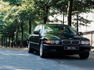 ���� BMW 750iL