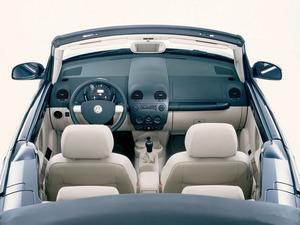 ���� VW New Beetle
