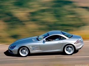 Обои Mercedes-Benz SLR McLaren