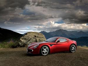 ���� Alfa Romeo 8C