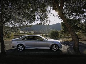 ���� Mercedes S AMG
