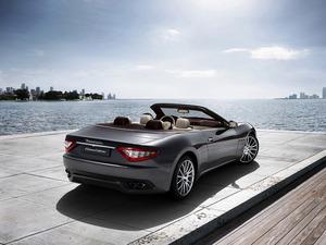 Обои Maserati GranCabrio