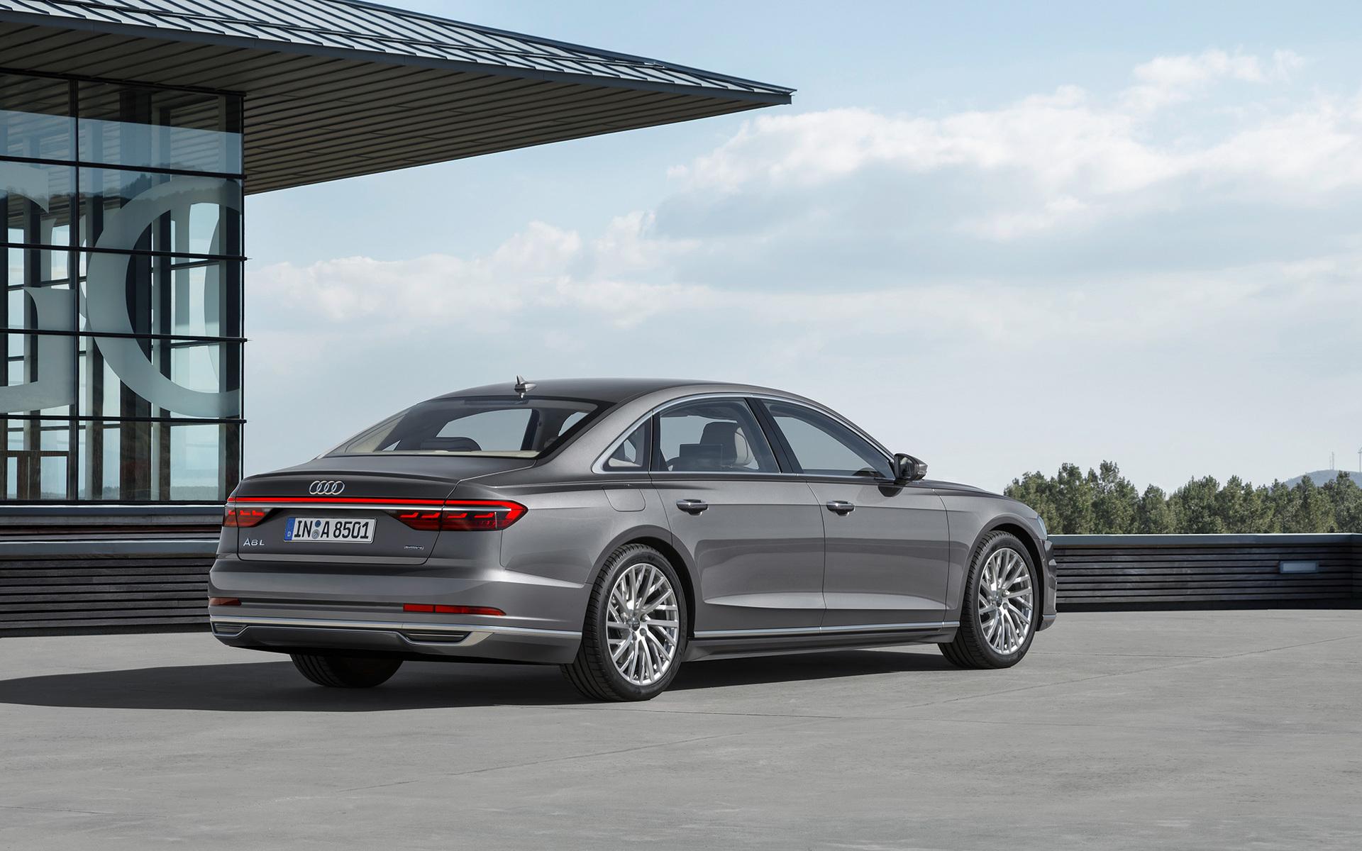 Audi A8L 2017
