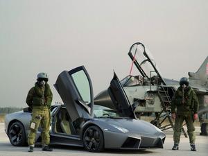 ���� Panavia Tornado vs. Lamborghini Reventon