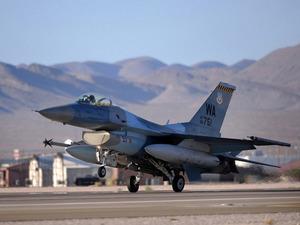 Обои F-16C