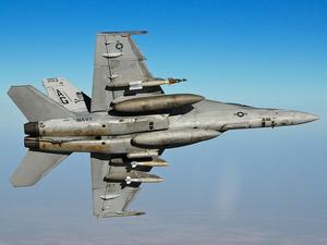 Обои F/A-18F Super Hornet