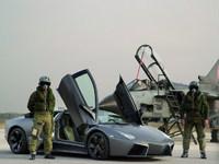 Обои для рабочего стола: Panavia Tornado vs. Lamborghini Reventon
