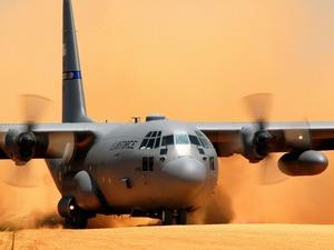 Обои C-130 Hercules