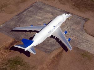 Обои Boeing 747 LCF Dreamlifter