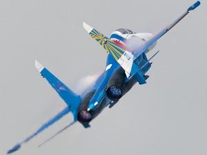 Обои Су-27, пилотажная группа Русские Витязи
