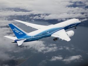 Обои Boeing 787 Dreamliner