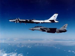 Обои Ту-95 и F-14