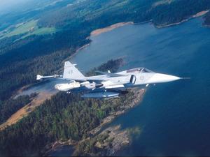 Обои JAS-39 Gripen