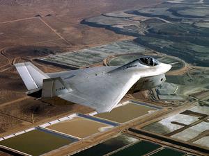 ���� YF-22