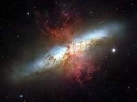 Обои для рабочего стола: Галактика Сигара (M82)