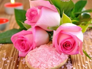 Обои Розы и свечи