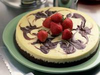 Обои для рабочего стола: Торт с клубникой