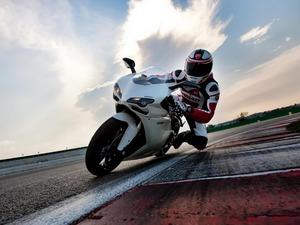 Обои Ducati 1198