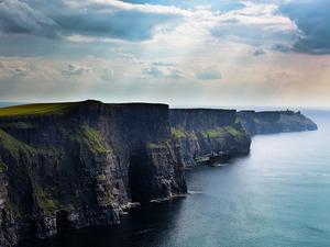 ���� Cliffs of Moher, Ireland