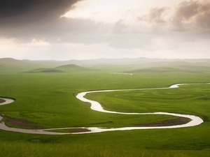 Обои Дождь в долине