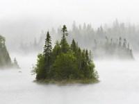 Обои для рабочего стола: Туманные острова