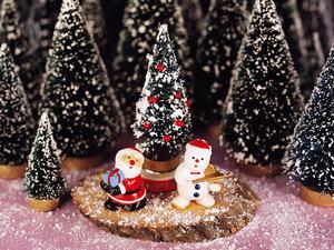 Обои Снеговик и Санта