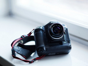 Обои Canon 1D Mark II