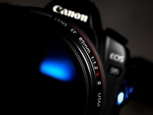 Обои Canon 5D + EF 85mm f/1.2