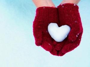 Обои Сердце из снега