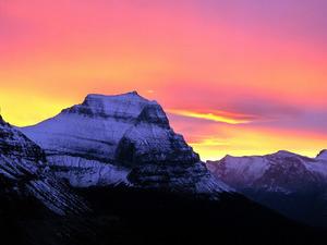 Обои Закат в горах