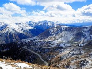 Обои Дорога в горах